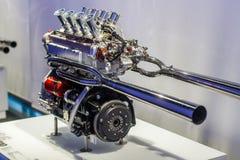 Двигатель спорта V8 стоковое фото