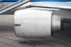 Двигатель коммерческого самолета Стоковые Фотографии RF