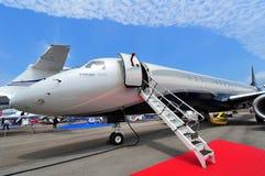Двигатель происхождения 1000E Embraer исполнительный на дисплее на Сингапуре Airshow Стоковая Фотография RF