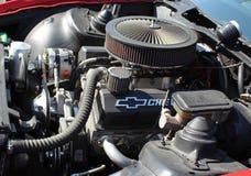 Двигатель Шевроле в отстраиванной заново формуле 1987 Pontiac Firebird стоковое фото rf