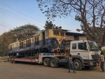 Двигая двигатель WCAM 3 на kalyan железнодорожной станции товаров стоковое изображение rf