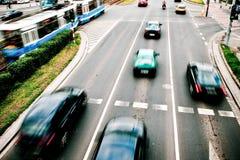 движение автомобилей нерезкости стоковая фотография rf
