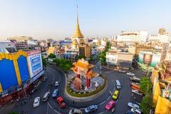 Движение автомобиля двигая на ориентир ориентир круга Odean в Таиланде Стоковая Фотография RF