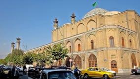 Движение в улице Mostafa Хомейни в Тегеране видеоматериал