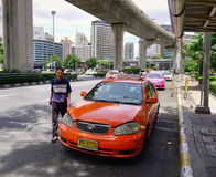 Движение в центре города в Бангкоке, Таиланде Стоковое фото RF