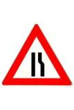 движение дорожного знака сужения стоковые фотографии rf