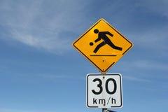 движение знака пешеходов Стоковые Фото