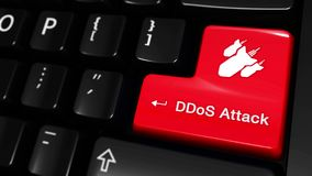 Движение нападения DDoS Moving на кнопке клавиатуры компьютера иллюстрация штока