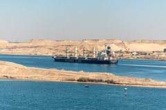 Движение на канале Суэца в Египте стоковое фото