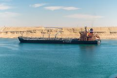 Движение на канале Суэца в Египте стоковое изображение