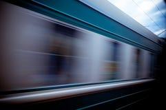 движение нерезкости проходя поезд Стоковые Фотографии RF