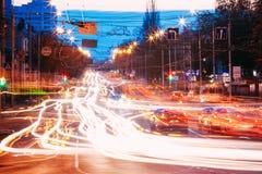 Движение ночи на бульваре Ленина в Gomel, Беларуси Стоковые Изображения RF