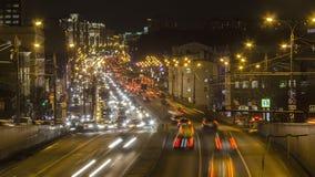 Движение ночи на городской магистрали Стоковая Фотография