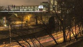 Движение ночи на городском променаде Стоковое Изображение RF