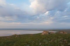 Движение облаков весной в части степи c Стоковые Фотографии RF