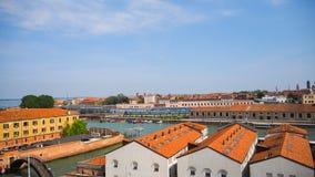 Движение шлюпки в грандиозном канале Венеции Стоковое Изображение
