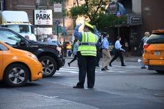 ДВИЖЕНИЕ NYPD СРАЗУ НА МАНХАТТАНЕ NYC Стоковые Фотографии RF