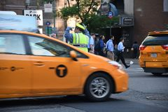 ДВИЖЕНИЕ NYPD СРАЗУ НА МАНХАТТАНЕ NYC Стоковое Изображение RF
