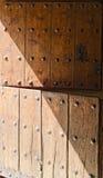Двойная дверь деревянная Стоковые Изображения