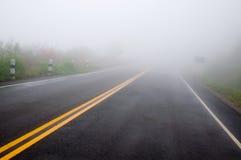 двойная линия желтый цвет тумана Стоковое Изображение