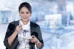 Двойная экспозиция бизнес-леди имеет кофе в ее офисе Стоковая Фотография RF