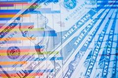 Двойная экспозиция диаграммы и долларов банкнот Стоковое Изображение