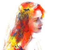 Двойная экспозиция молодой красивой девушки изолированной на белом backgr иллюстрация штока