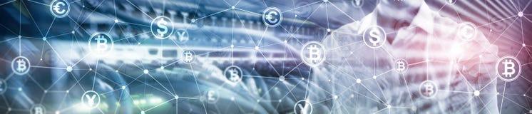 Двойная экспозиция Bitcoin и концепция blockchain Экономика и торговля валютой цифров Знамя заголовка вебсайта стоковое фото rf