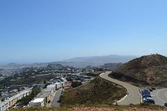 Двойной взгляд Сан-Франциско Калифорния пиков Стоковые Изображения