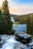 Двойной водопад озер на восходе солнца Стоковая Фотография
