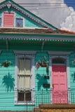 Двойной дом корокоствольного оружия в Новом Орлеане Стоковое Изображение RF