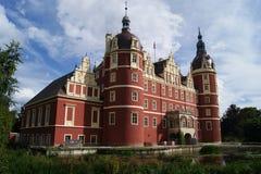 Дворец в парке Германии/Польше Muskauer стоковое фото