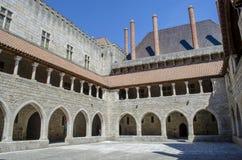 Дворец герцогов Braganza Большинств известный замок в Guimaraes стоковое фото rf