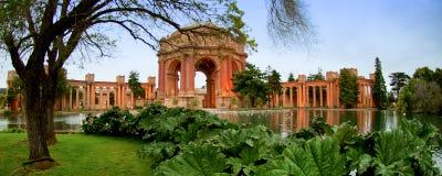 Дворец изящных искусств, заречье Марины, Сан-Франциско, Калифорния, стоковое изображение rf