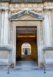 дворец Испания двери alhambra стародедовский Стоковые Изображения RF