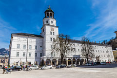 Дворец и часы Башн-Зальцбург Salzburger, Австрия Стоковые Фото