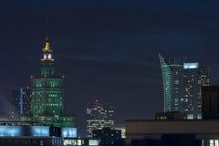 Дворец культуры и науки в Варшаве на ноче Стоковое Изображение