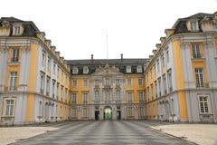 дворец основы входа augustusburg стоковое изображение rf