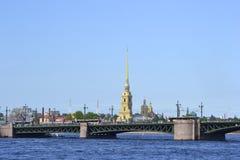 дворец Паыль peter собора моста Стоковые Фотографии RF
