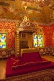 Дворец царя Alexei Mikhailovich Столовая, таблица короля и трон Интерьер Музе-запас Tsaritsyno, Mo стоковая фотография rf