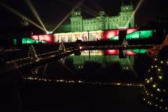 Дворец Blenheim освещенный вверх к ноча стоковое изображение rf