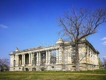 Дворец Cantacuzino в Floresti, Румынии, архитектурноакустическом изображении стоковые изображения rf