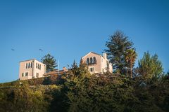 Дворец Cerro Castillo или президентский дворец - Vina Del Mar, Чили стоковые изображения rf