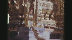 Дворец Chedi и Yaksha Wat Phra Kaew грандиозный акции видеоматериалы