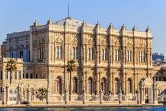Дворец Dolmagahce от Marmara Стоковые Фото