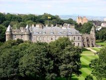 дворец holyroodhouse edinburgh Стоковые Фото