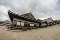 Дворец Honmaru деревянный высекает щипец стоковые изображения rf