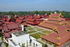 дворец mandalay стоковые изображения rf
