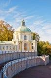Дворец Menshikov в lomonosov, России в осени стоковая фотография rf