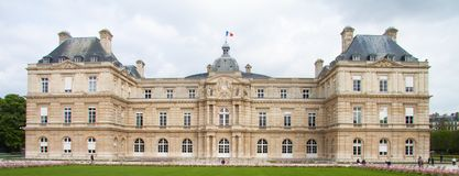 Дворец Palais du Люксембург Люксембурга в Люксембургских садах в Париже стоковое фото rf